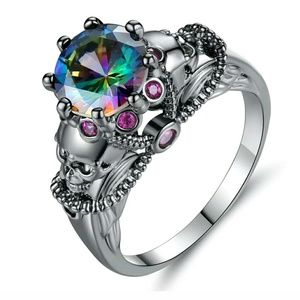 Black gold plated skull rainbow size 8 ring